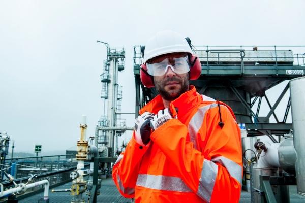 arbeitskleidung-sicherheitsschuhe-arbeitsschutz